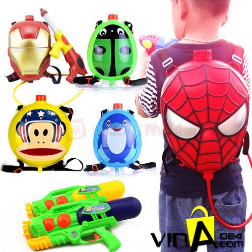 Súng nước có túi đeo balo dành cho bé.